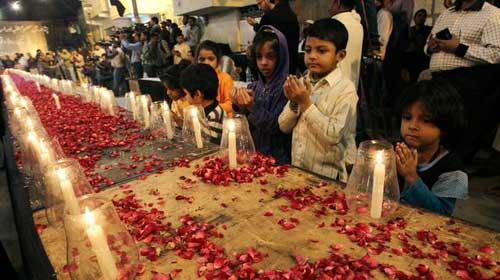 prayer-for-the-victims-pakistan